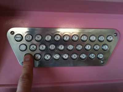 The AutoWed Retro Keyboard