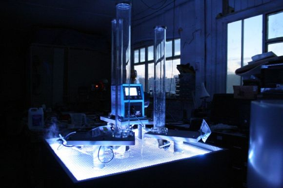 Our workshop – the Qdos display by night